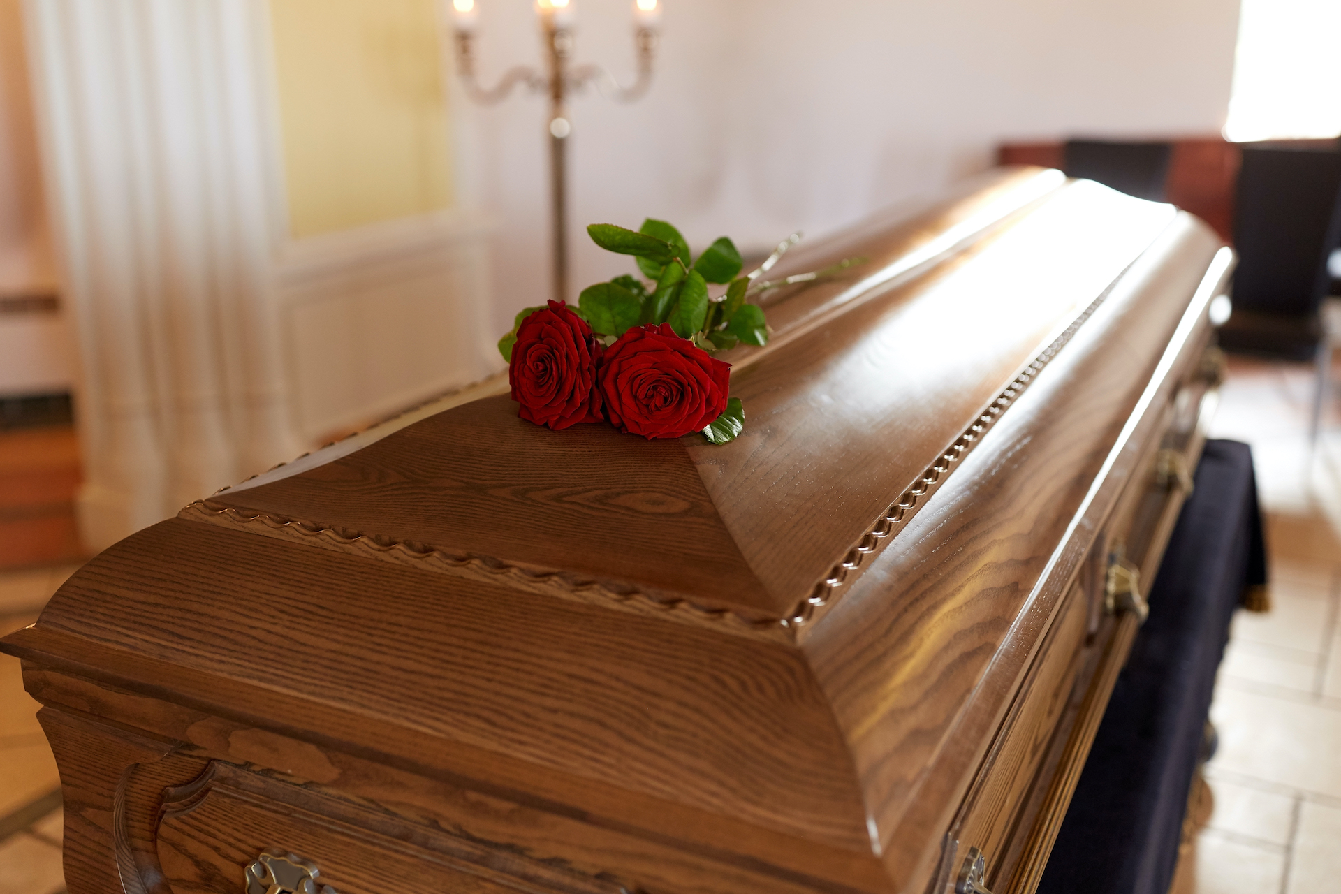 wrongful death with red roses - Personal Injury Attorney in Nashville - Wrongful Death Attorney, Truck Accident Lawyer, Car Accident Lawyer, and more | Meyers Injury Law